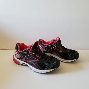 Reebok Quickchase running womens sneakers